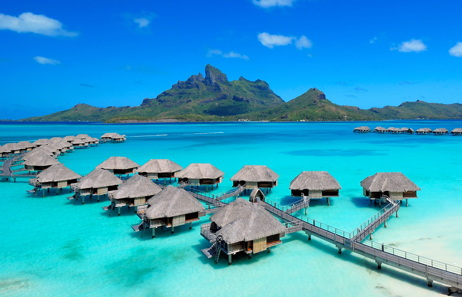 Four seasons resort bora bora luxury hotels travelplusstyle for Top 10 couples resorts