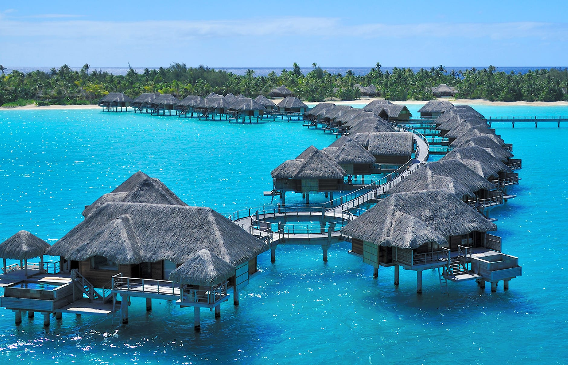 Four Seasons Resort Bora Bora, French Polynesia. © Four Seasons Hotels Limited