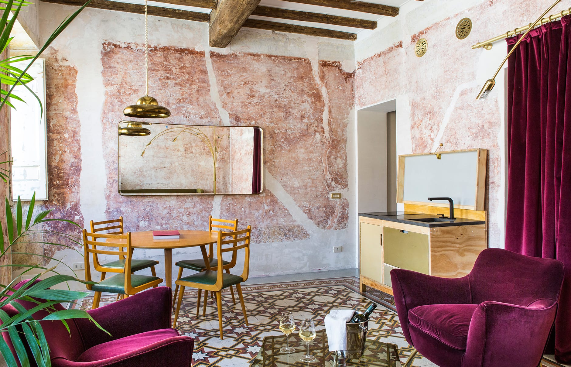 G-Rough, Rome, Italy. Hotel Review by TravelPlusStyle. Photo © G-ROUGH