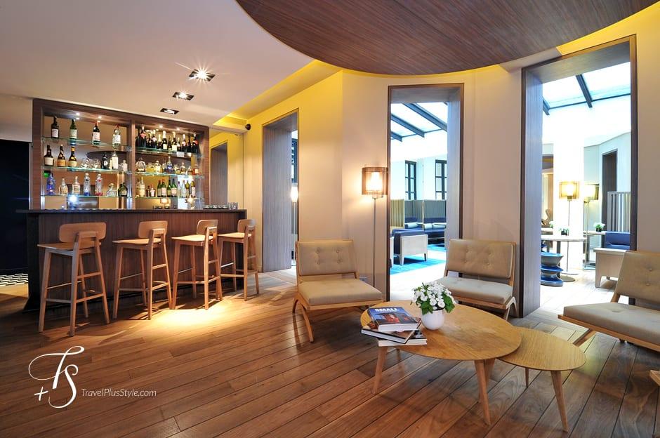 photos by t s h tel de nell paris luxury hotels. Black Bedroom Furniture Sets. Home Design Ideas