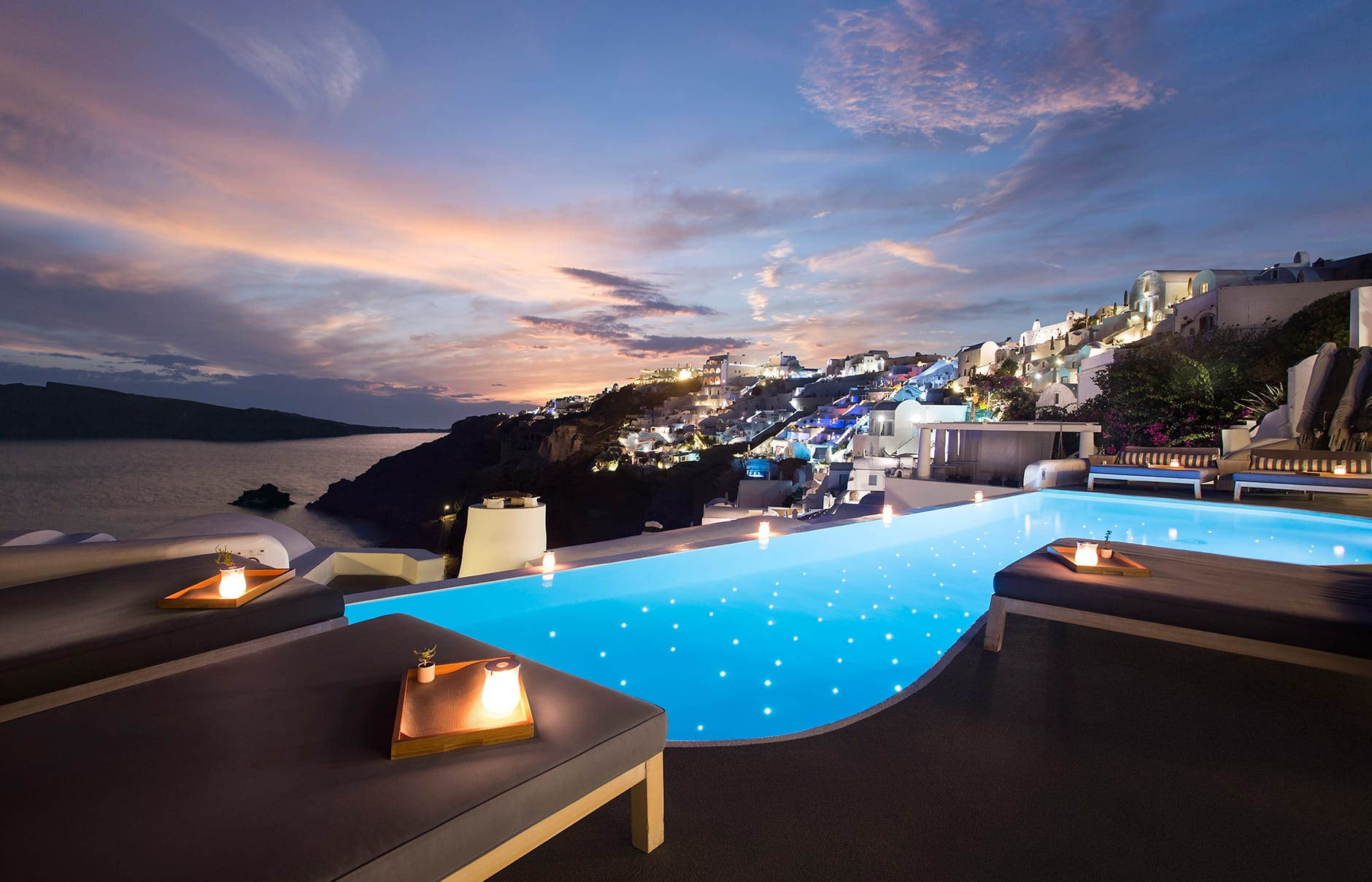 New pool. Katikies, Santorini. © Katikies