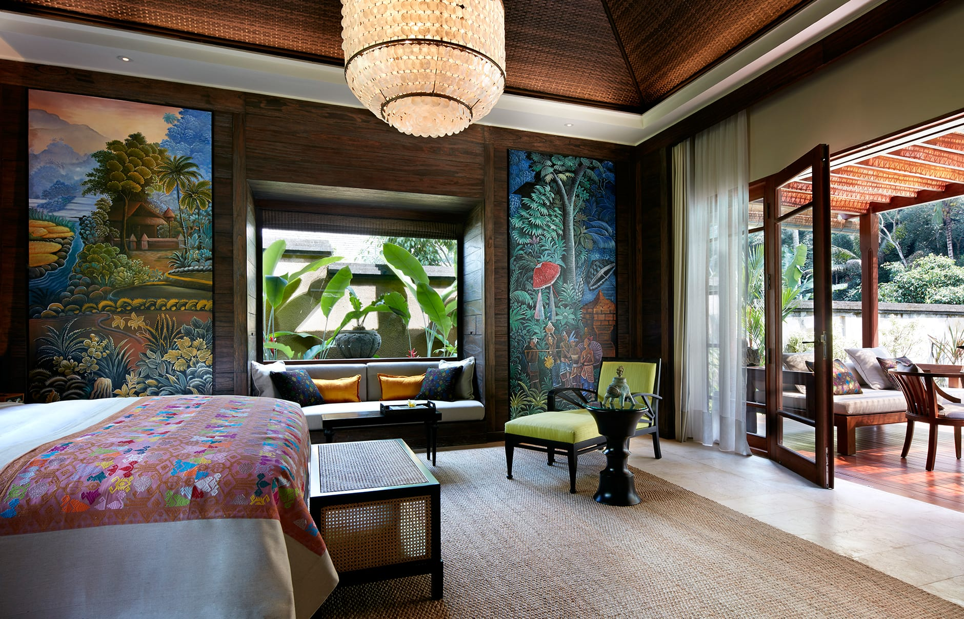 One Bedroom Pool Villa – Bedroom. Mandapa, a Ritz-Carlton Reserve, Ubud, Indonesia. © The Ritz-Carlton Hotel Company
