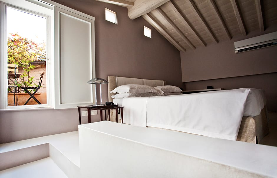 Standard Studio. Riva Lofts Florence, Italy. © Riva Lofts