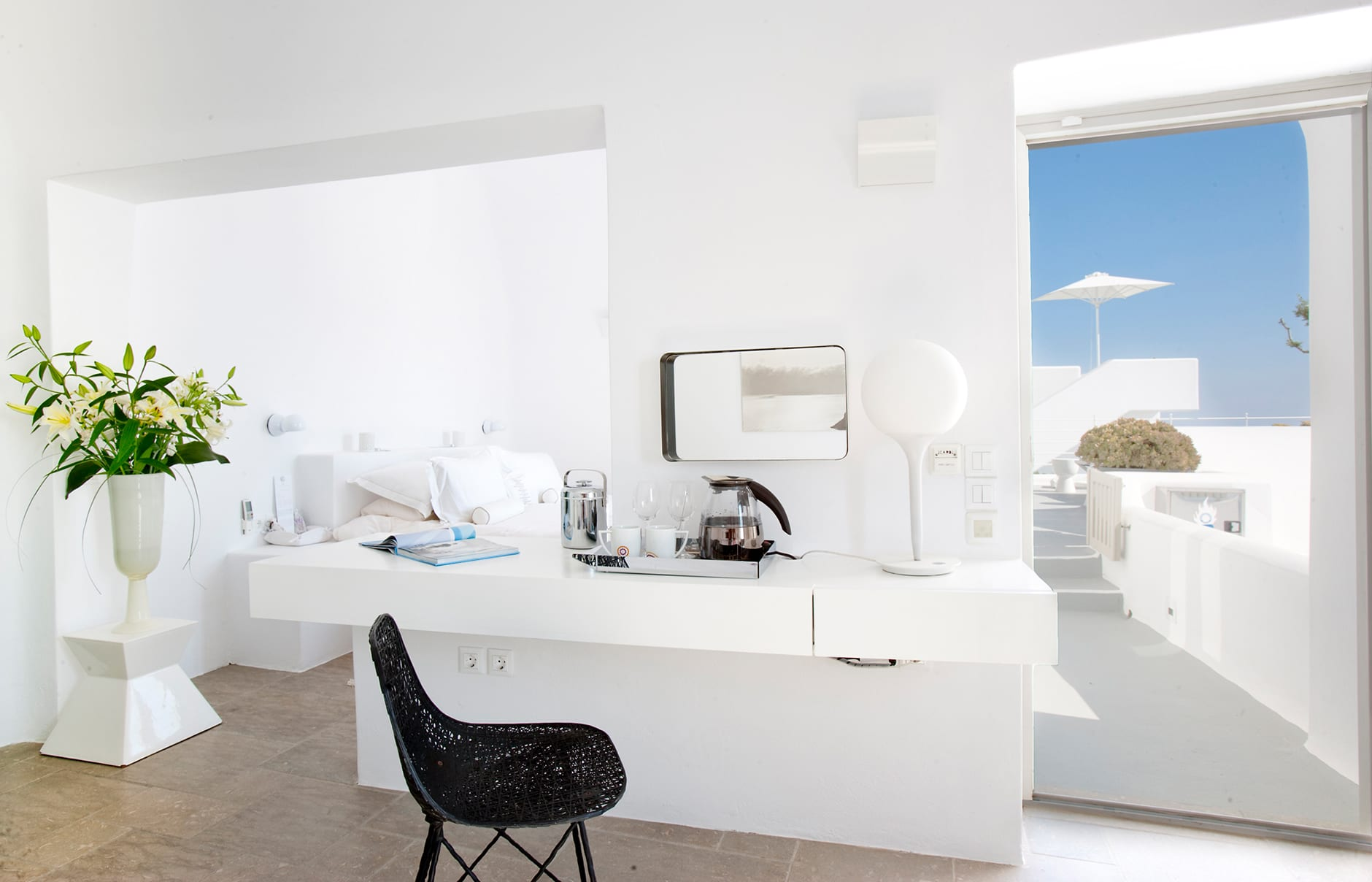 Honeymoon Suite. Santorini Grace. © Grace Hotels Limited