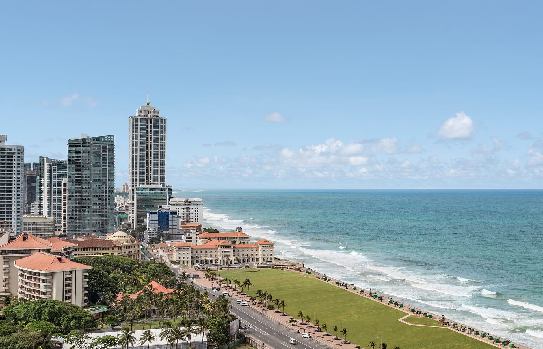 Promenade. Shangri-La Hotel Colombo, Sri Lanka. Hotel Review by TravelPlusStyle. Photo © Shangri-La