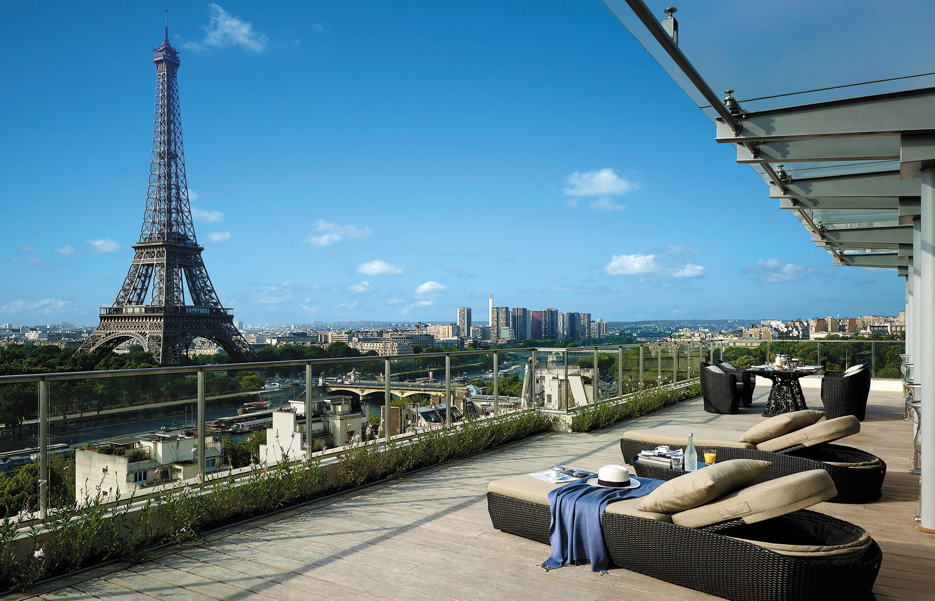 Shangri La Hotel Paris Luxury Hotels Travelplusstyle