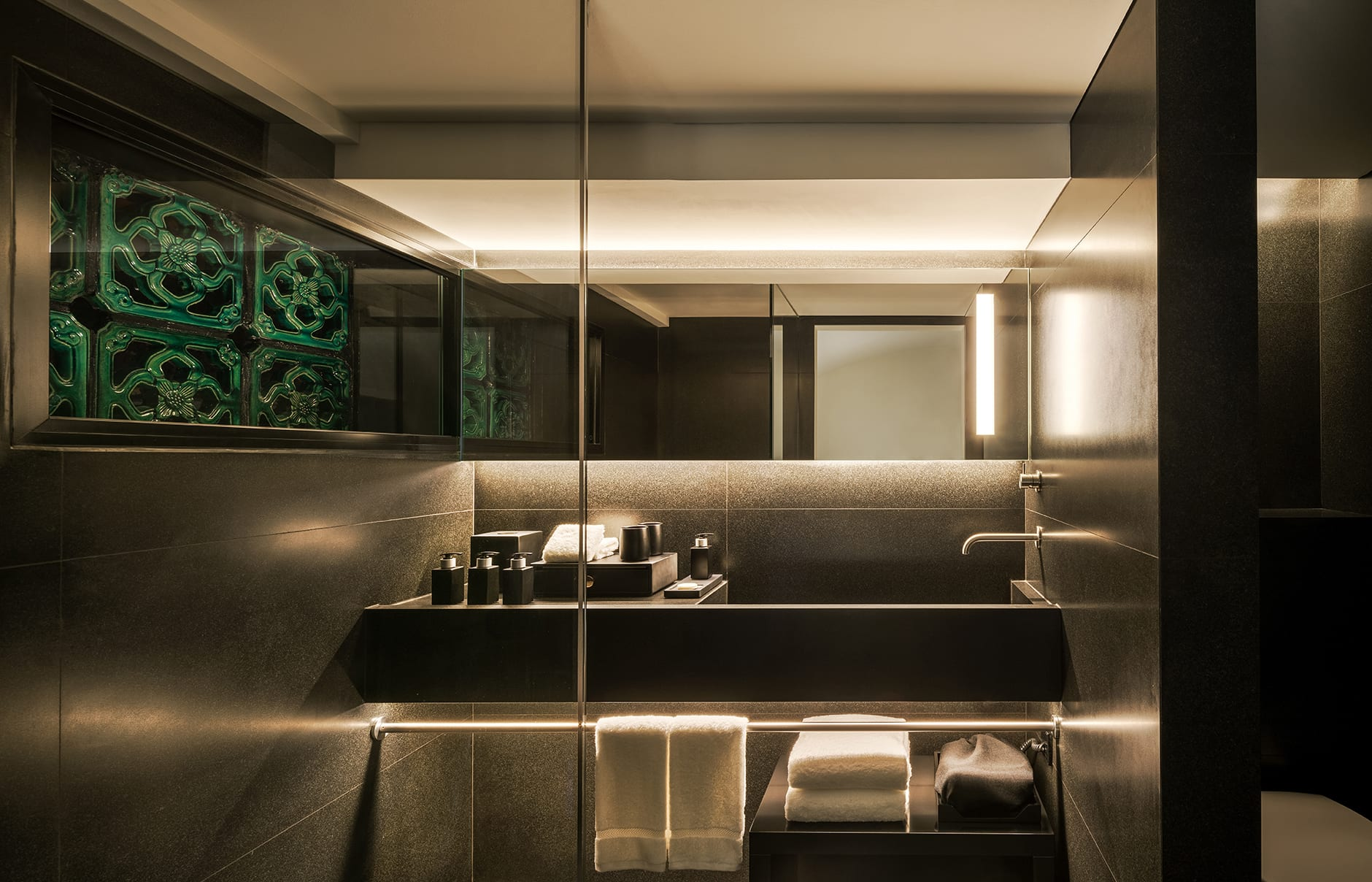 Six Senses Duxton, Singapore, Bathroom. © Six Senses Hotels Resorts Spas