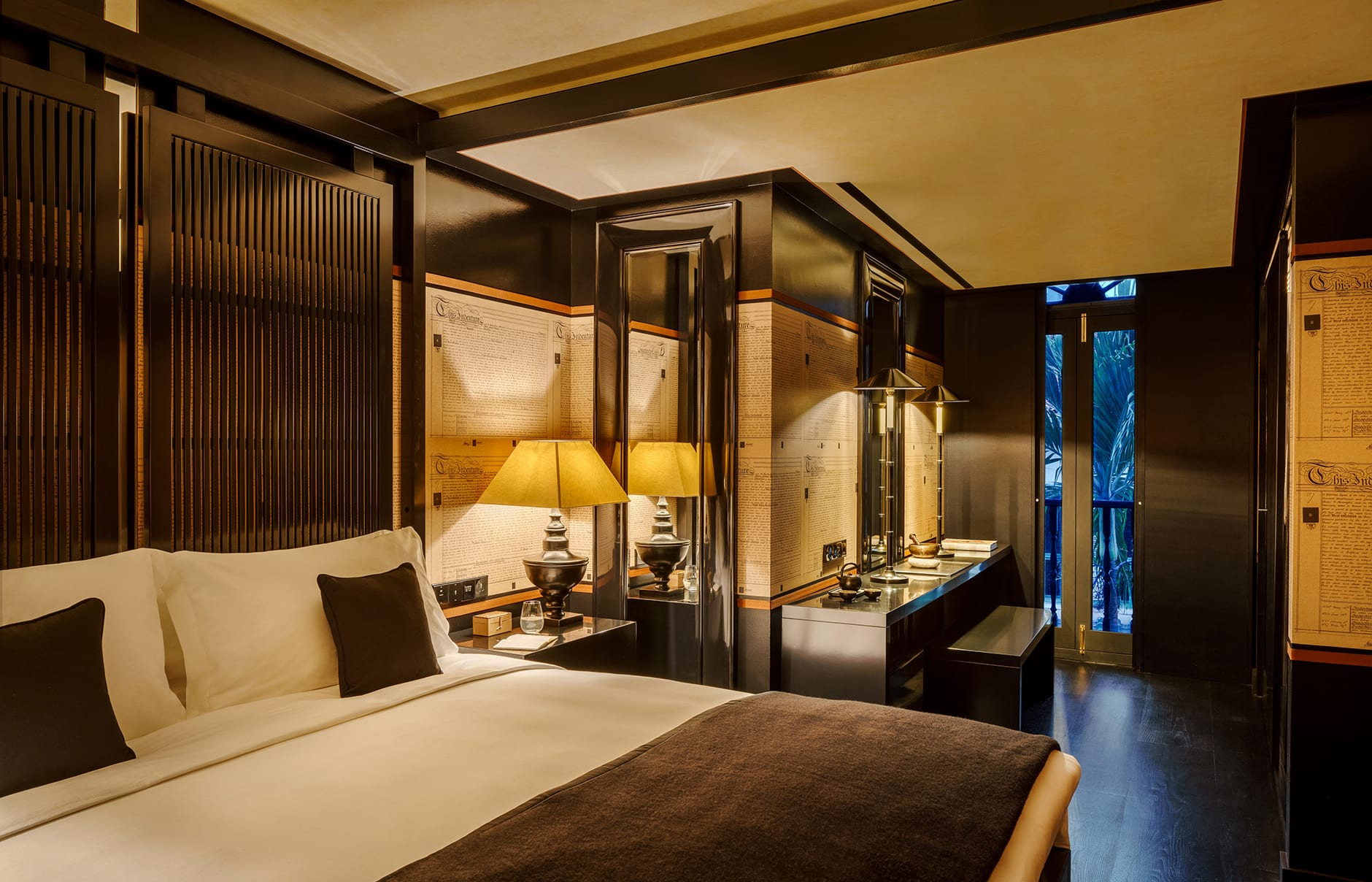 Six Senses Duxton, Singapore, Montgomerie Suite Bedroom. © Six Senses Hotels Resorts Spas