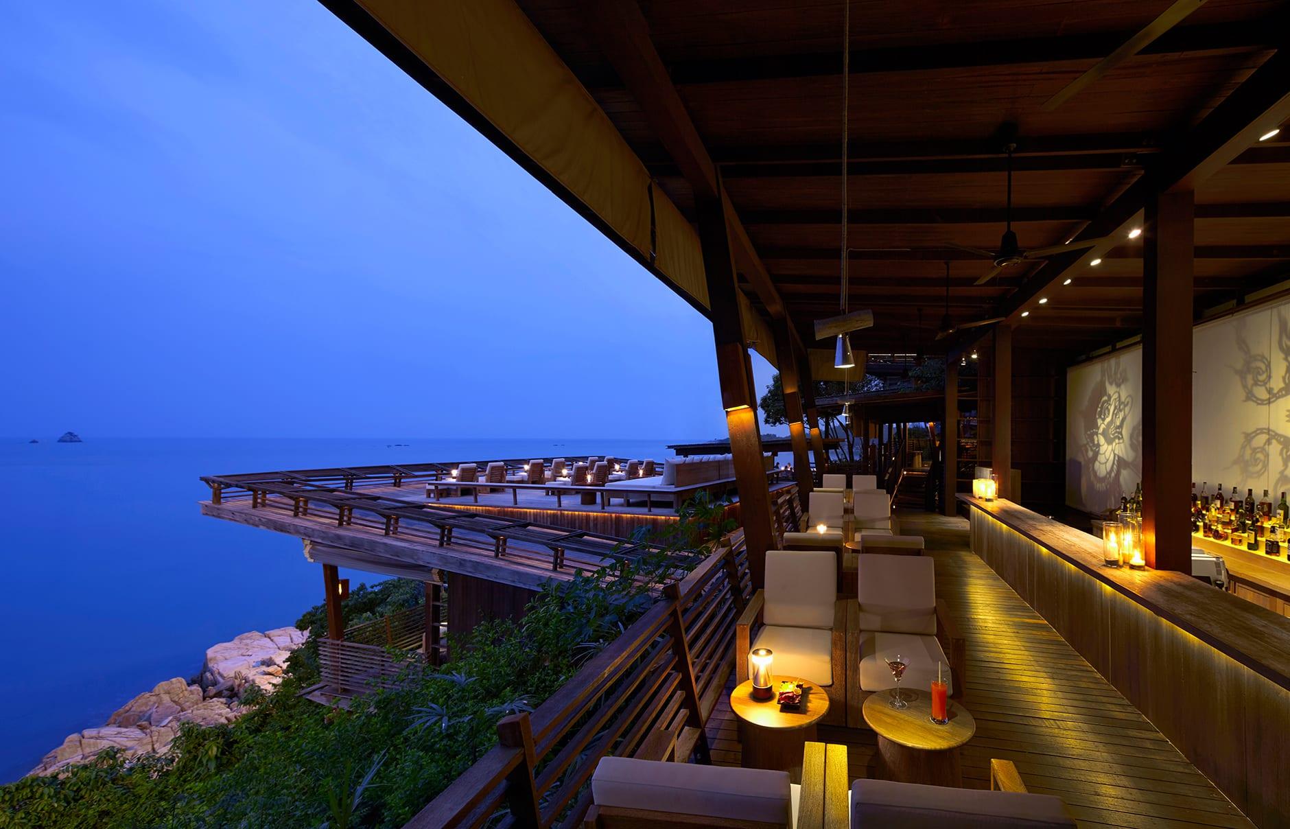 Dining on the Rocks. Six Senses Samui, Thailand. © Six Senses Resorts & Spas