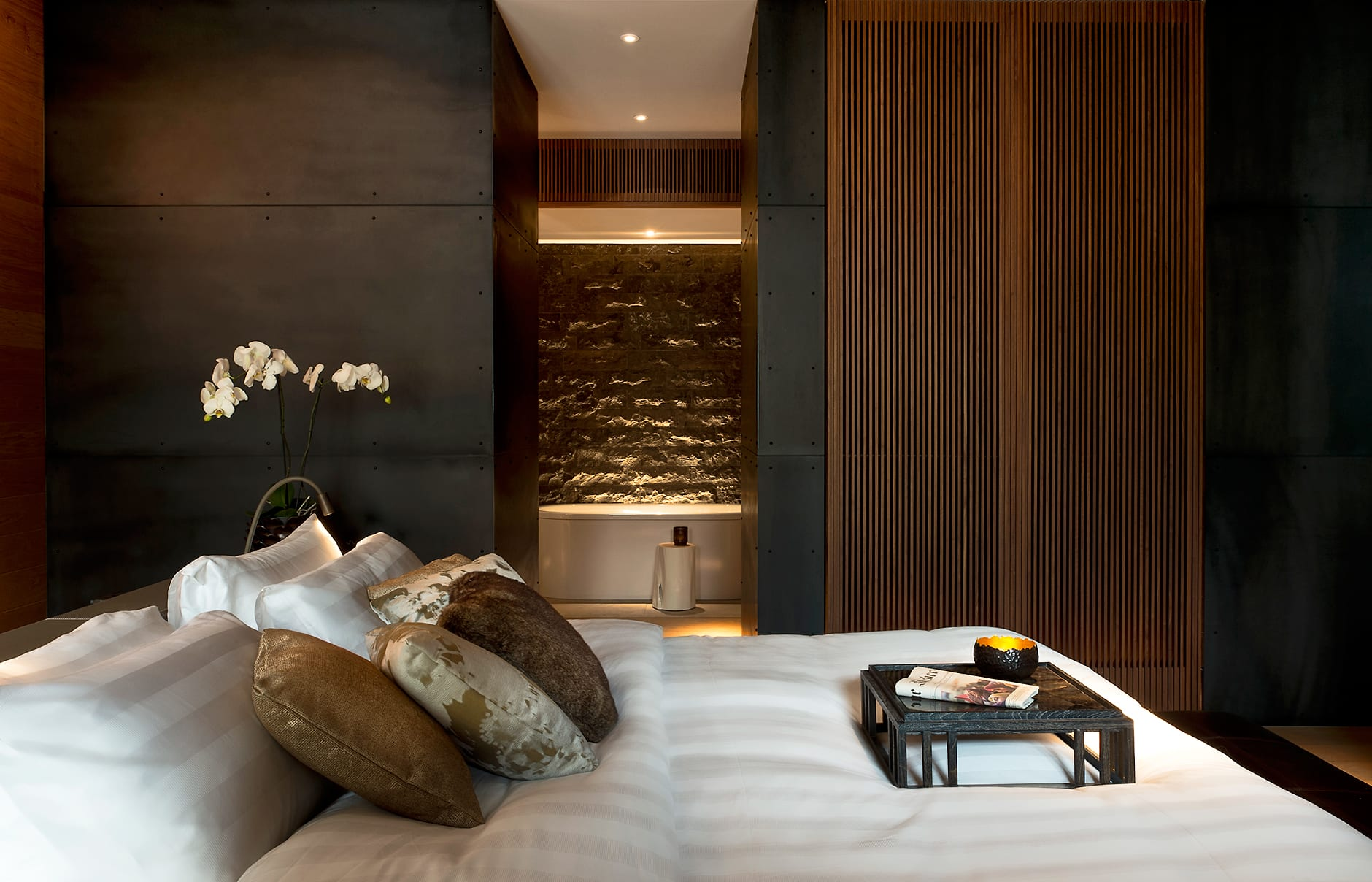 Deluxe Room. The Chedi Andermatt, Switzerland. © GHM
