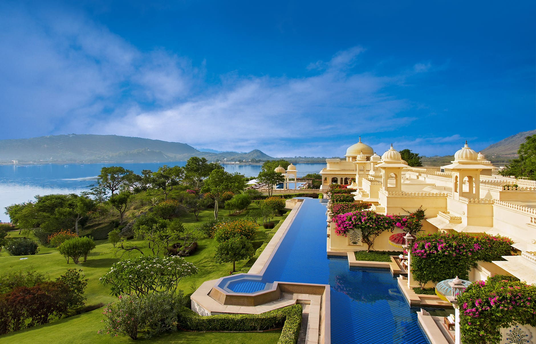 The oberoi udaivilas udaipur luxury hotels travelplusstyle for Top luxury hotels