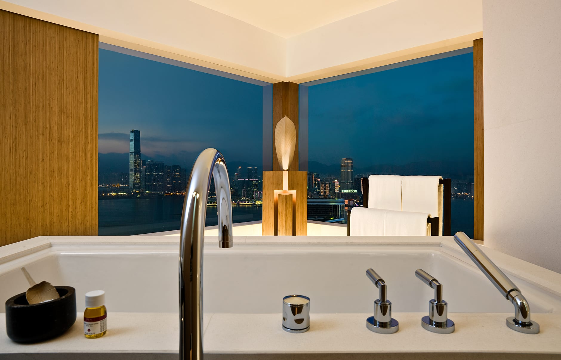 The Upper House, Hong Kong. Hotel Review by TravelPlusStyle. Photo © Swire Hotels