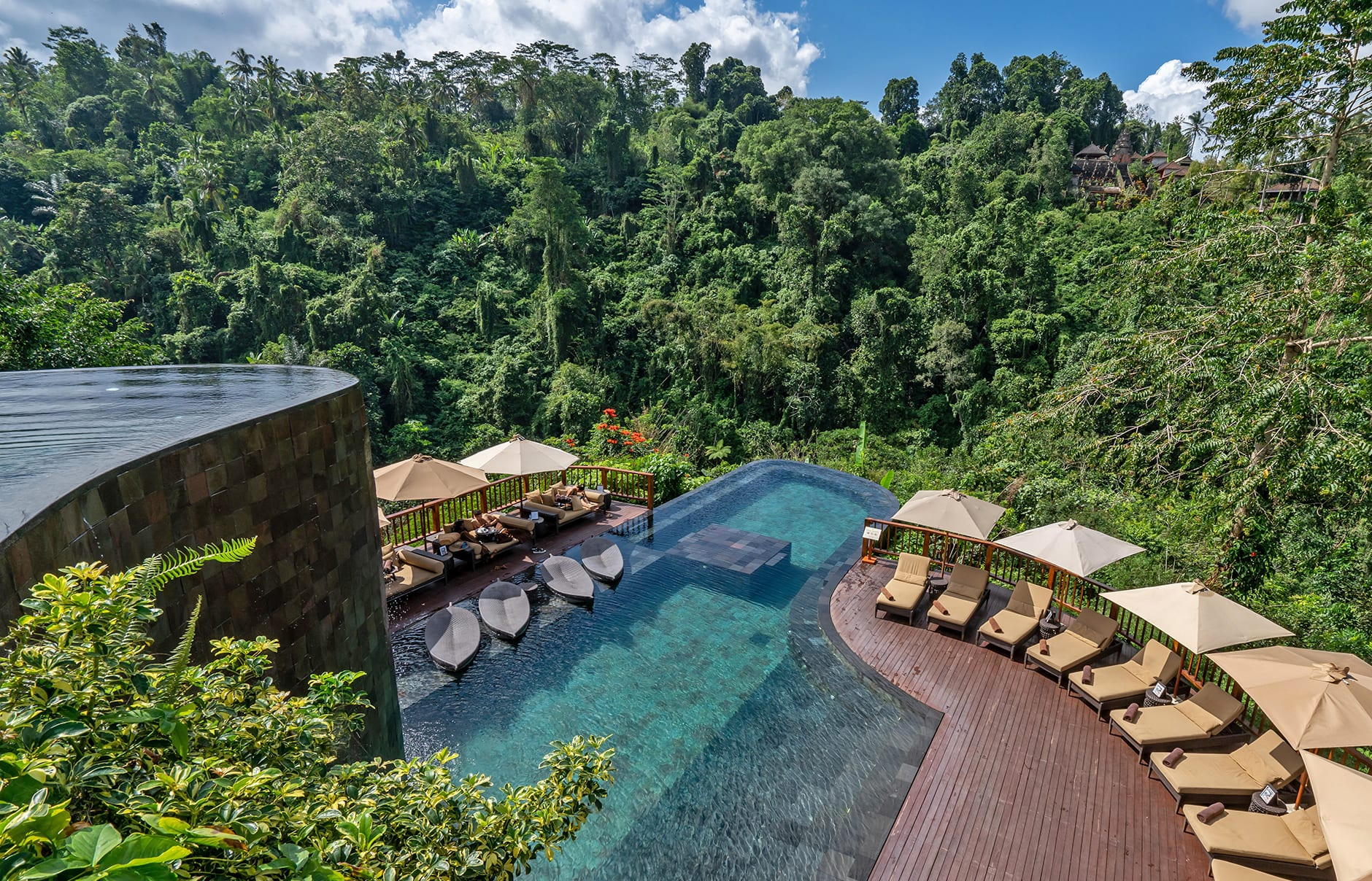 Hanging Gardens of Bali, Ubud, Bali, Indonesia. Hotel Review by TravelPlusStyle. Photo © Hanging Gardens of Bali